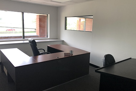 The IncuHub - Large 2nd Level Office