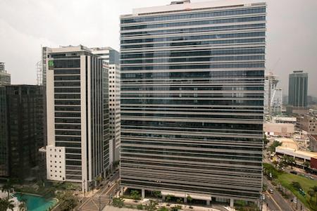 Regus | Manila Net Lima Global City - Office Suite