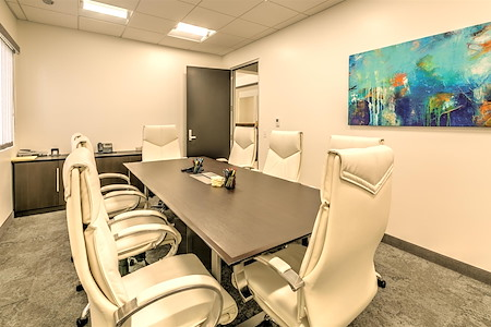 Fusion Workplaces - Palm Desert - Boardroom