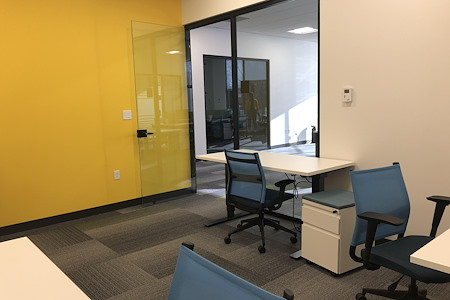 Z-Park Innovation Center Boston - 4 Desks Private Office-Room 114