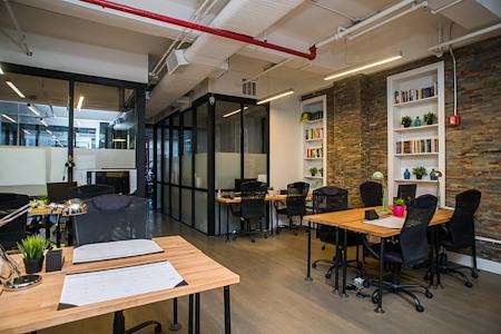 Bond Collective in Flatiron - 20 Desk Private Suite