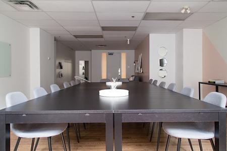 Breather - 507 Place d'Armes - Suite 270