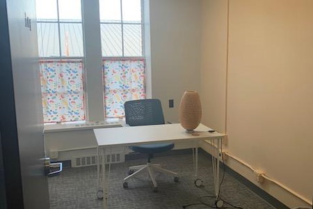 VIDA Coworking Community - Small Office in West Wing Space