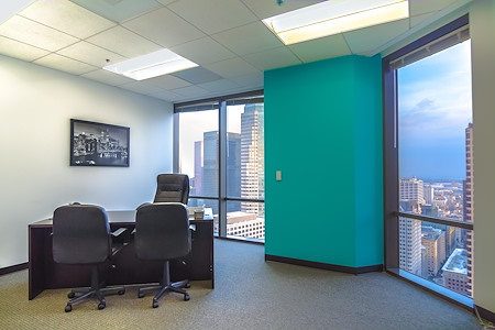 Titan Offices - Penthouse - Window Office #3301