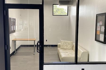 Imagine Lifestyles - Office 1