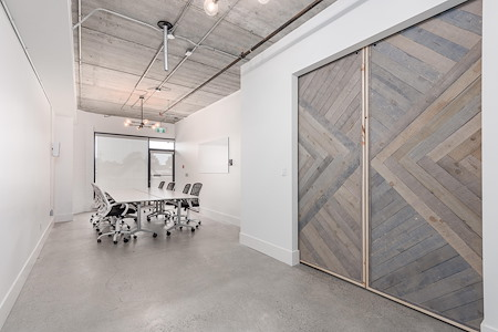 Makeshift Work Space - Boardroom