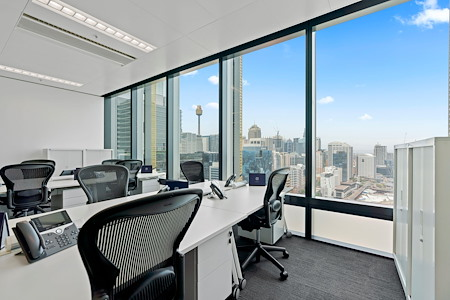 The Executive Centre - Three International Towers - 10-Desk Private Office (Harbour Views)