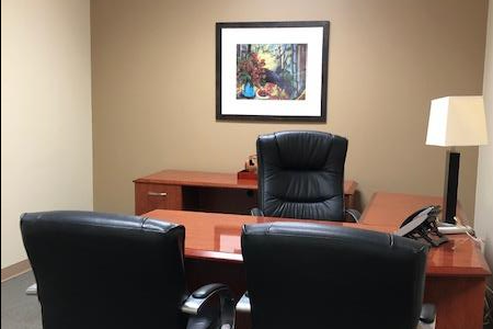Storage Max Office Suites - Suite 110 Day Office