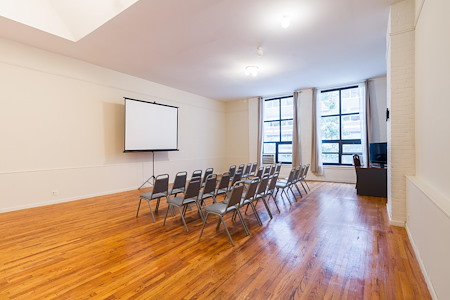 Meeting & Presentation Space - Meeting & Presentation Space