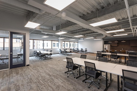 Novel Coworking Wacker - SmartSuite 800A - CHICAGO RIVER VIEW