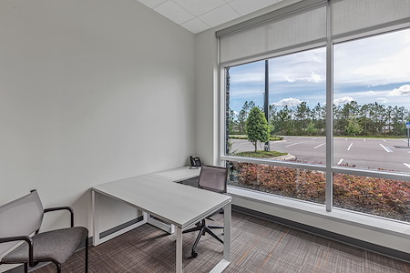 Office Evolution - Jacksonville Bartram - Office Suite -Window View