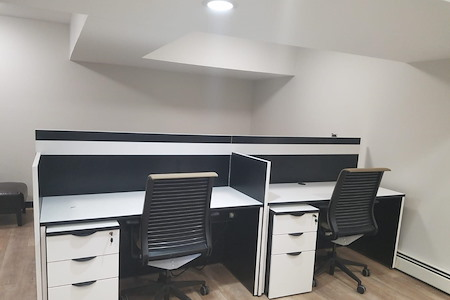 The Suite Corner - Dedicated Desk 2