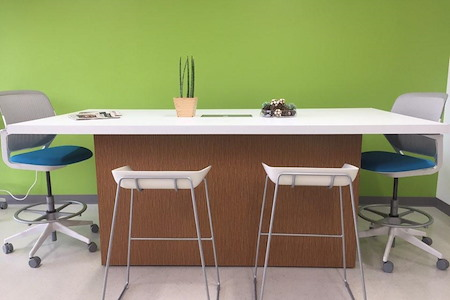 ZED Coworking & Offices - Coworking Zone(hot desk)