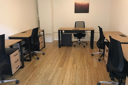 rent24 - 9 W. Washington - Office 424