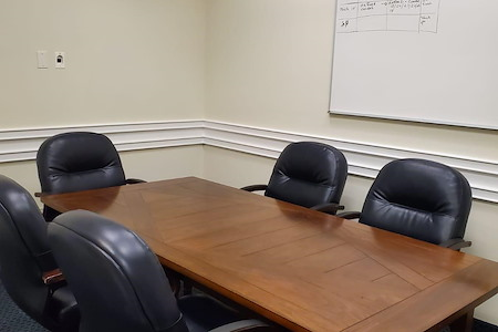 gSPACE | Putnam Avenue Offices - Meeting Room for 15