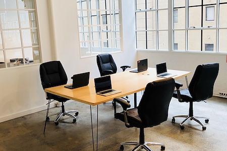 onefinestay - Designated Desks in Beautiful Office