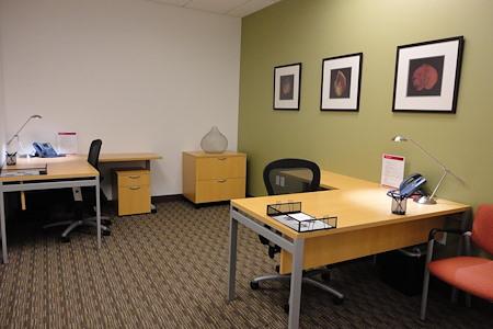 Regus | Gateway Plaza - Office 305