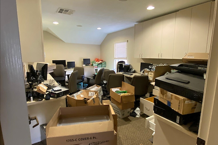 9125 Investments - Office Suite