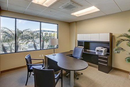 Anaheim Hills Executive Suites - Window Office