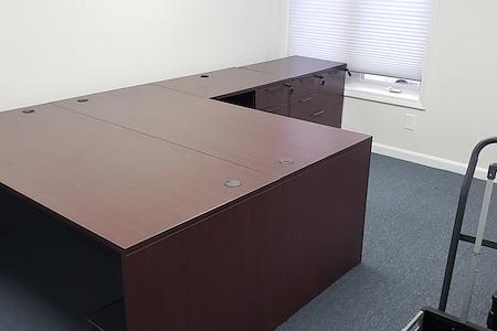 Work Hub Suites - Large Team Office