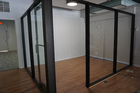 3427 Galt Ocean Dr - Office Suite 1