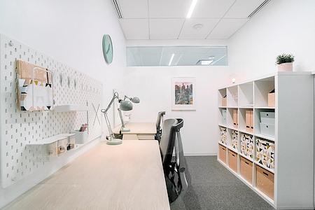 Ethos Society - 2-Desk Studio