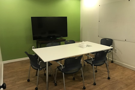 Splash Coworking - Headwaters Flora Conference Room