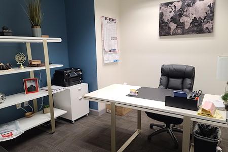 Riverside Central Business Center - Suite 39