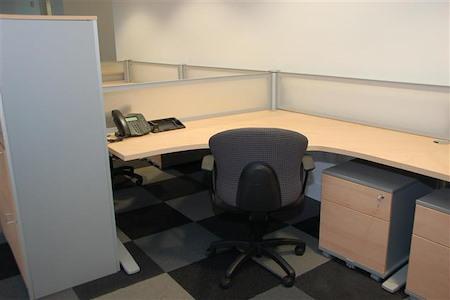 ARMOS Coworking - Workstation North