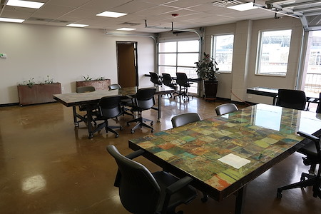 Mile High Coworking - Open Desk 1