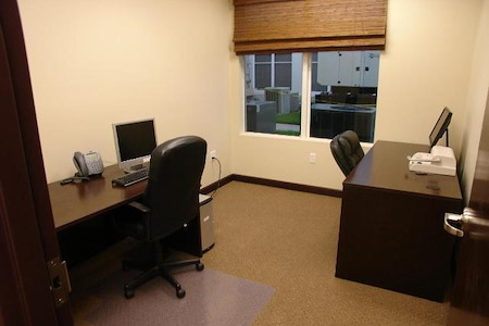 Hampton Business Center - Suite 106