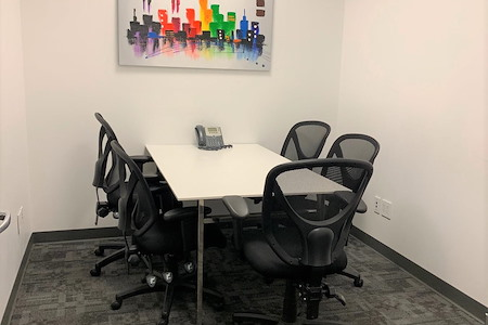 Capstone Executive Offices  - 30 Wall Street - Meeting Room