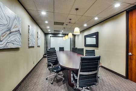 WORKSUITES | North Dallas - LBJ - Boardroom