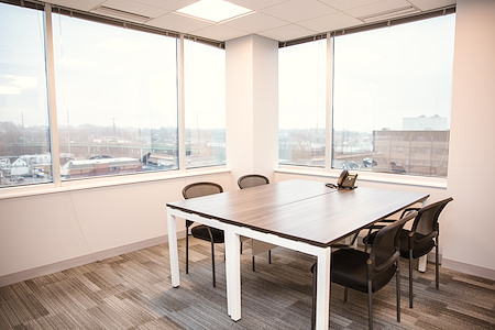 Office Evolution - Stamford - Exterior Meeting Room