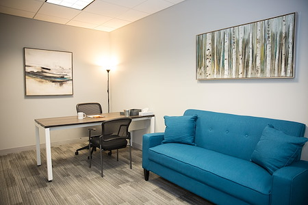Office Evolution - Stamford - Day Office 1