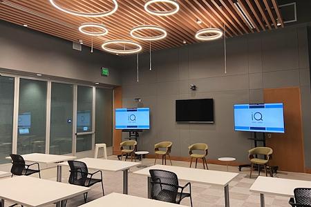 655 West Broadway - iQ Smart Center (Edison Room)