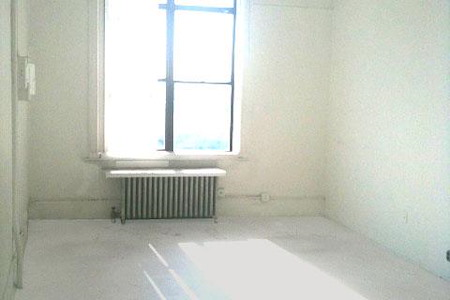 Radiator Studios - Beautiful 370 SF Artist Studio for Rent