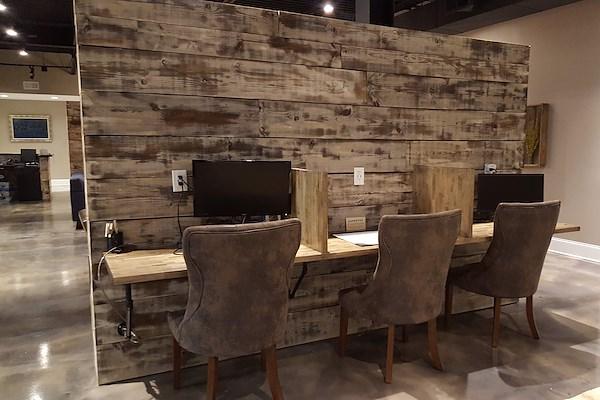 The Hub on Kenny - Dedicated Desk