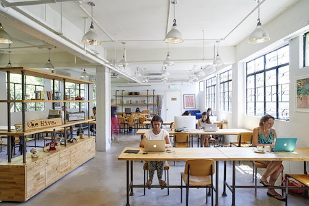 The Hive Sai Kung - Full-Time Hotdesk (Month by Month)