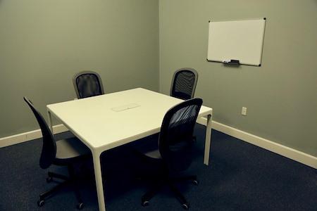 Easy Work Space (Earth) - Meeting Room #04