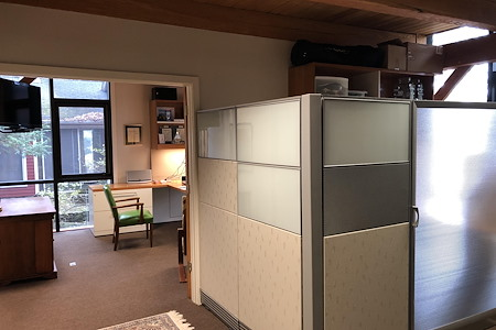 Bloc Enterprises - Open Desk 1