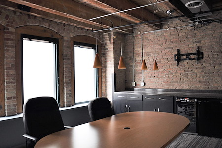 Urban Chicago Office Space - Boardroom/Conference Room