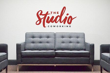 The Studio Coworking-Broadway/Sacramento - Office 1