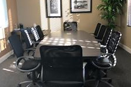 Work Webb Daytona - 310 Meeting Room