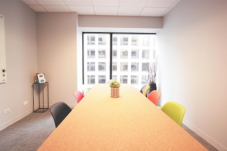 BeOffice | URBAN WORKSPACES - Large Focus Room