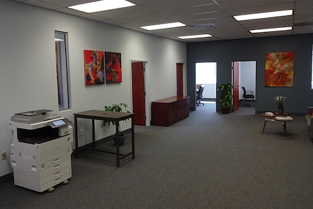 Suites@Madison - Daily Work Spaces