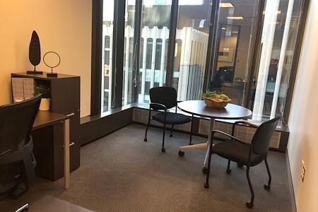 IDS Executive Suites - Team Office 901