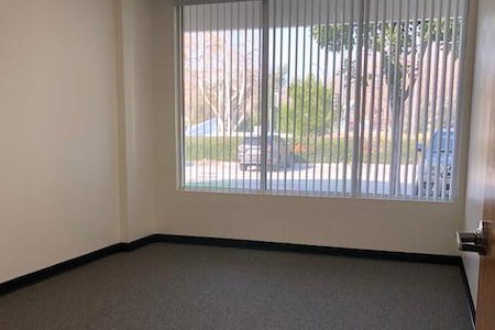 Storage Max Office Suites - Suite 125