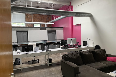 2ULaundry - StudioPlex Office near Beltline