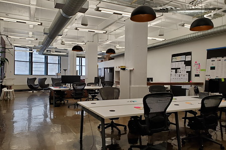 Two Bulls - Shared Office Space